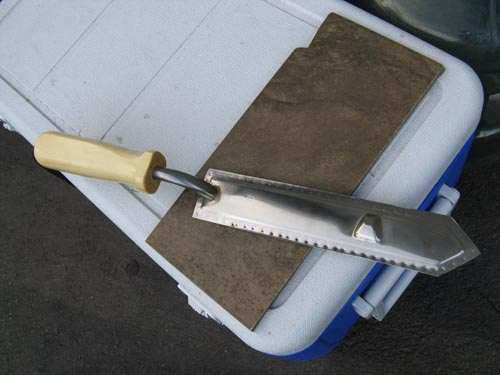 decapping knife